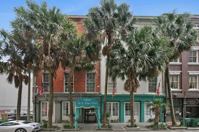 Hotel de L'Eau Vive New Orleans