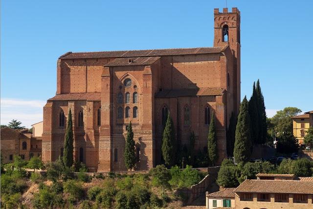 Basílica di San Domenico em Siena