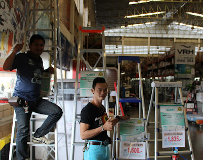 Isaan Heavy Duty Step Ladders Class 1A 1AA