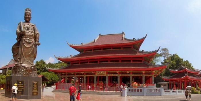 wisata semarang Klenteng Sam Poo Kong