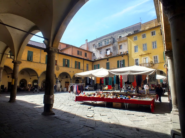 plazas con encanto en Pisa