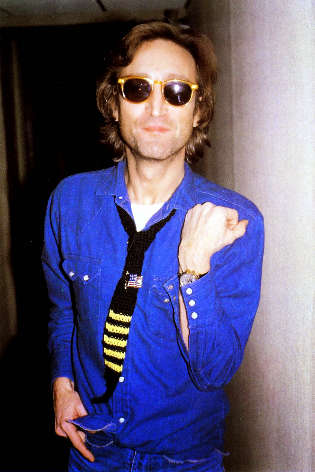 These Candid Snapshots of John Lennon on the Streets Taken ...