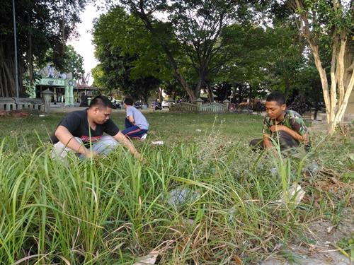 Gotong Royong Bersihkan Museum Wayang Kekayon Yogyakarta