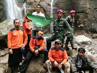 Tim Kepanduan PKS Kota Medan Bantu Evakuasi Korban Banjir Bandang Air Terjun Dwi Warna Sibolangit