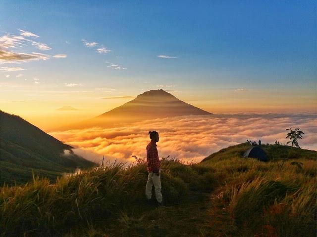 sunrise gunung kembang