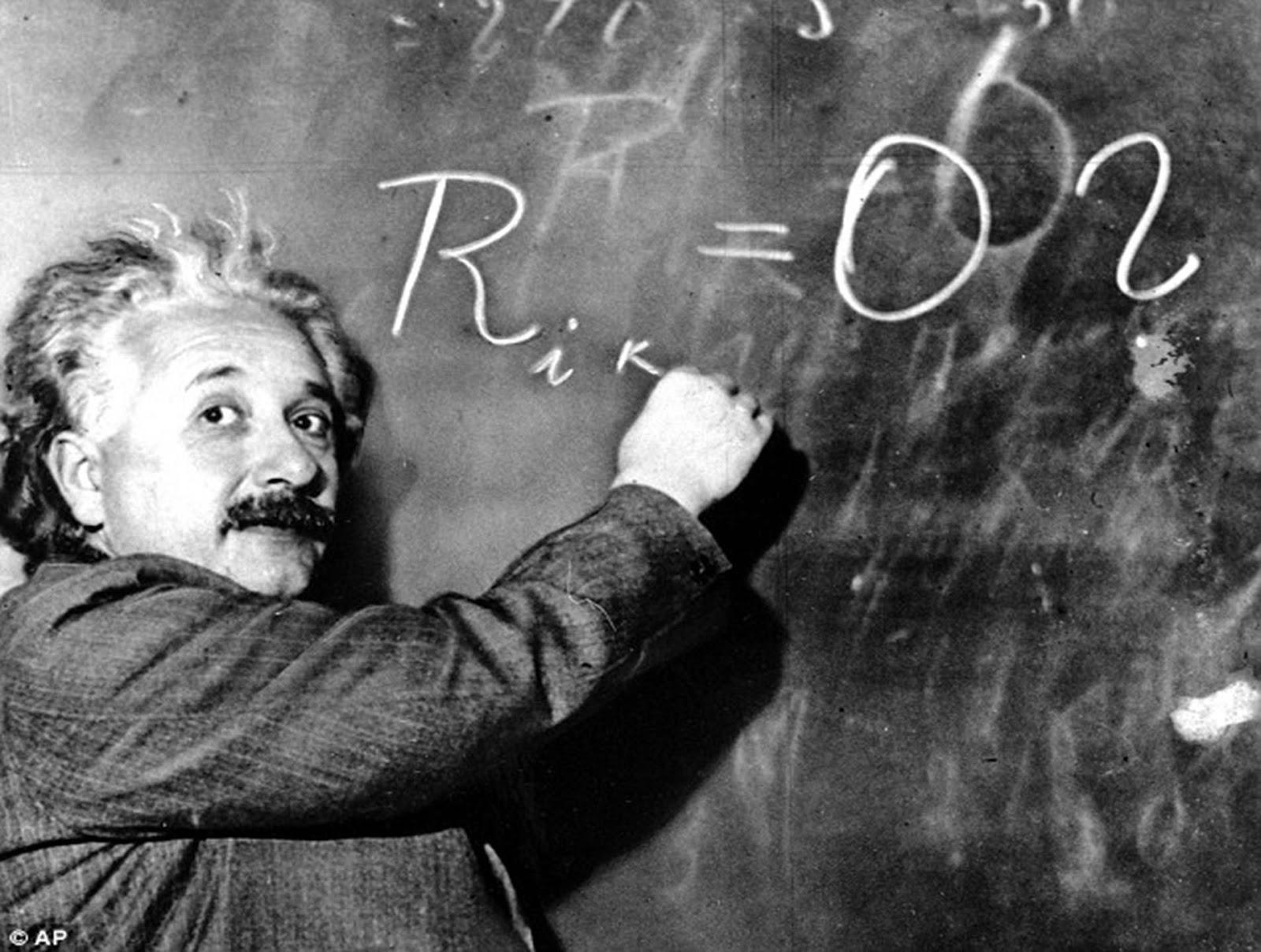 ماهي النظرية النسبية العامة والنسبية الخاصة ؟
