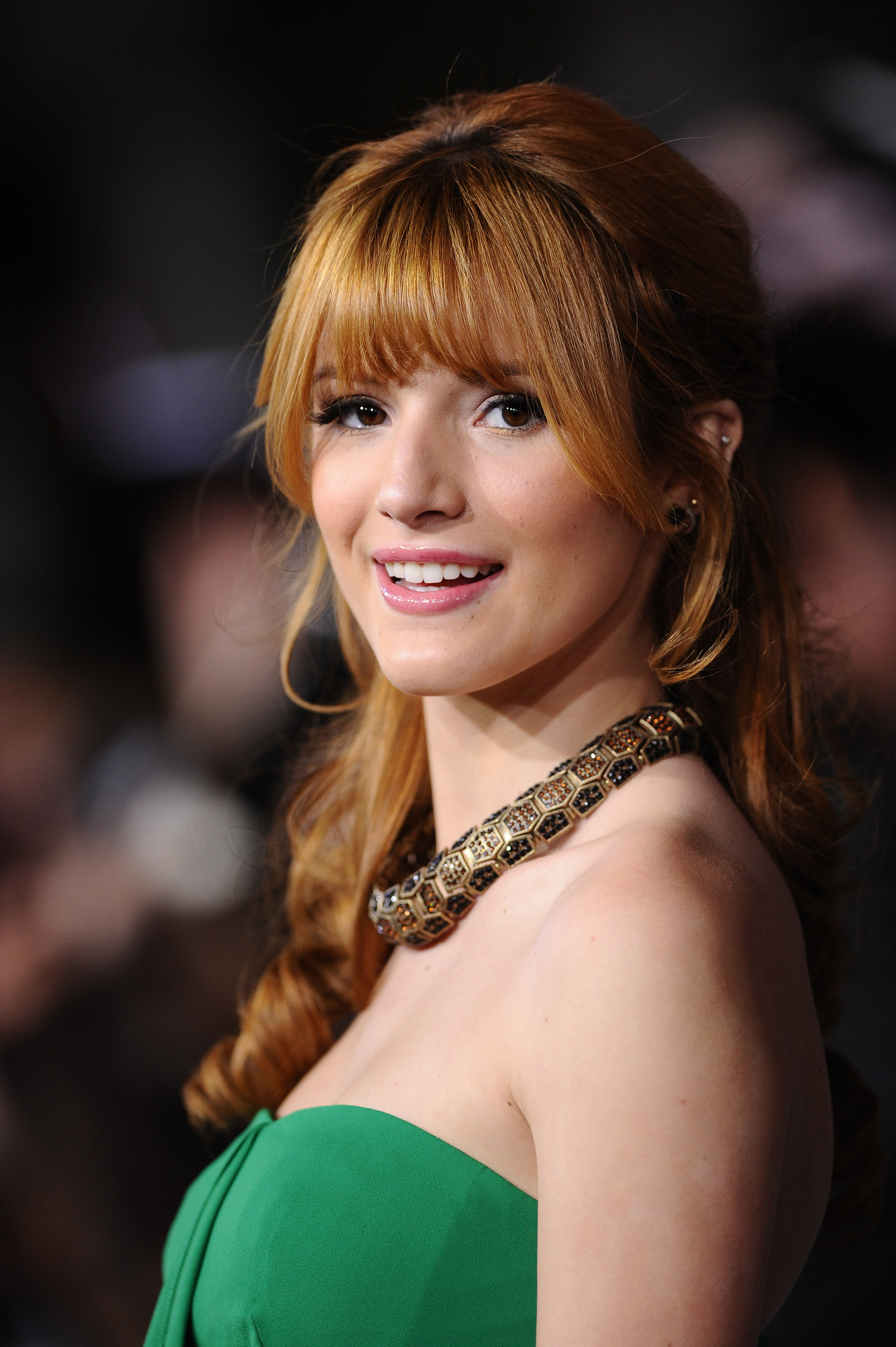 Bella Thorne pictures gallery (62) | Film Actresses