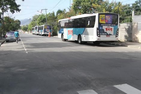 Ponto de ônibus da 1001 muda para o Cafubá e gera reclamação