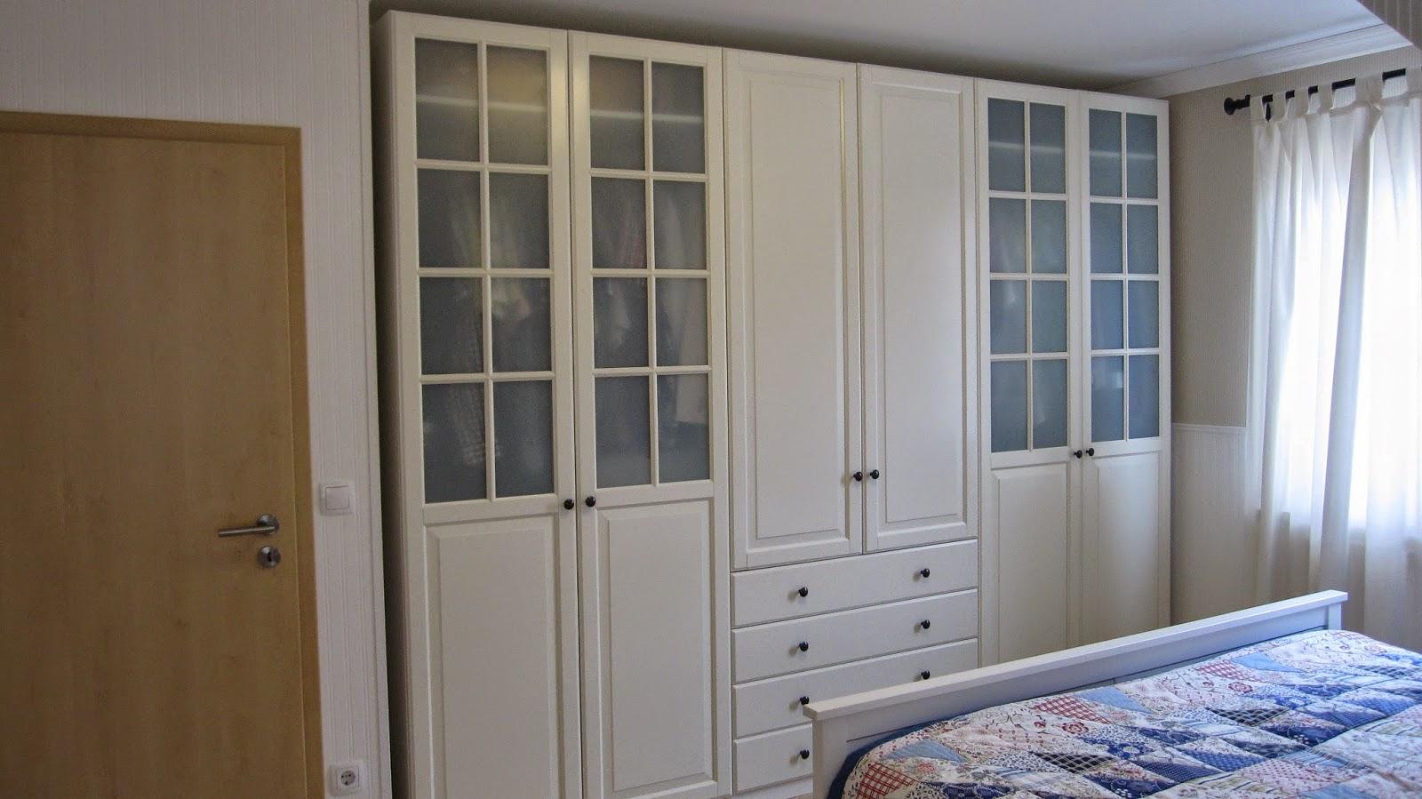 kleines gelbes haus landhaus schlafzimmer. Black Bedroom Furniture Sets. Home Design Ideas