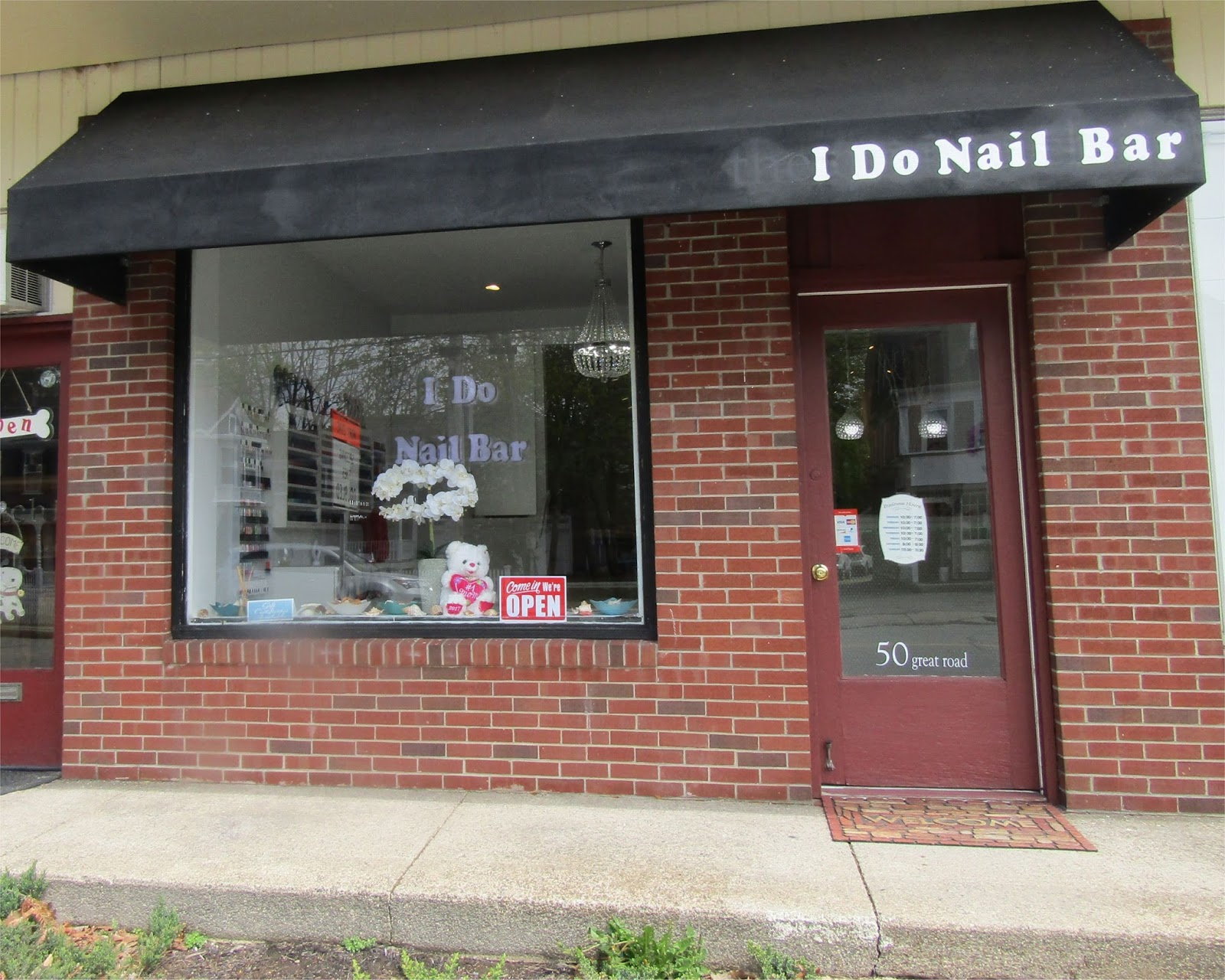 Bedford Mass - What\'s new in Retail