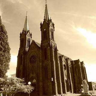 Vista Lateral da Catedral de Vacaria