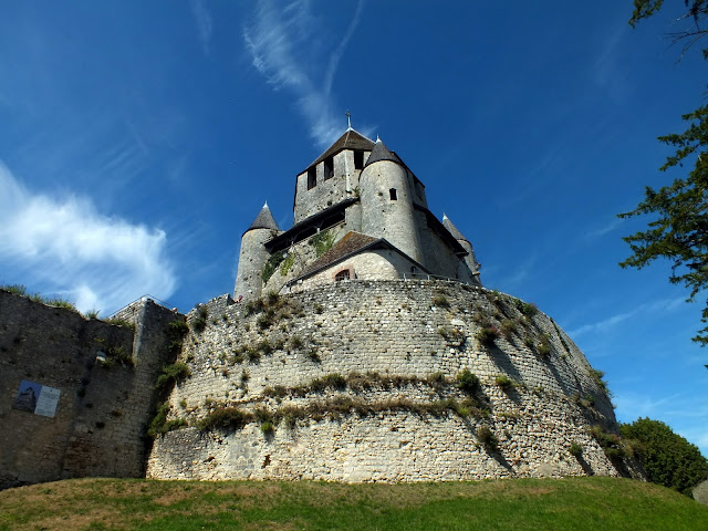Provins, una ciudad medieval al este de París