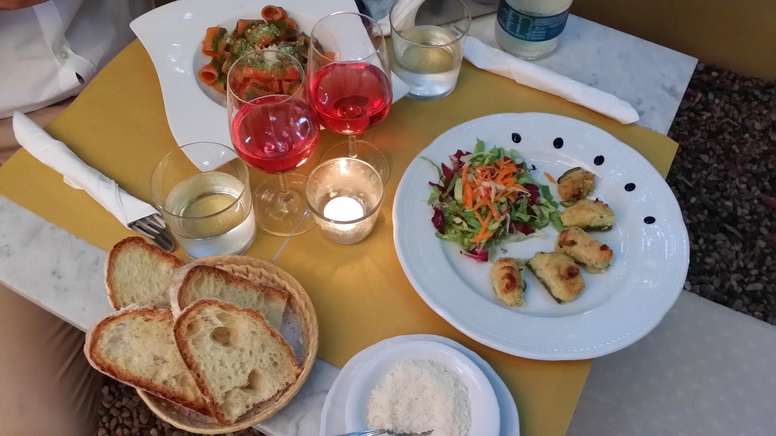 Risultati immagini per aperitivi bar riviera ligure