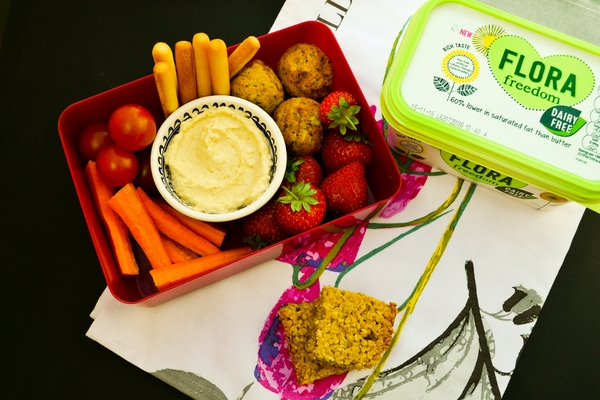 THURSDAY - vegan kids lunch box