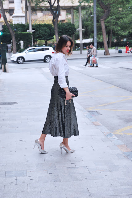 paillettes-skirt-white-shirt