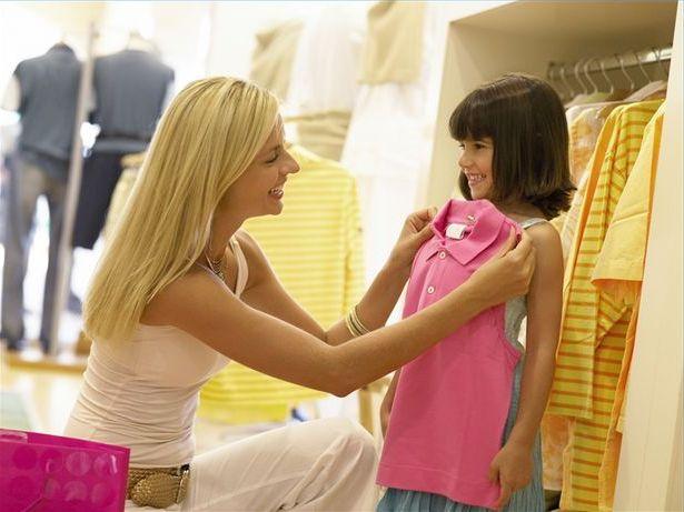Kinh doanh quần áo trẻ em nếu có đông khách lãi rất cao