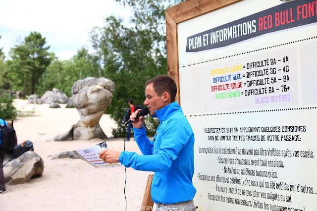 Jérémy assure le briefing sportif et développement durable (C) Greg Clouzeau