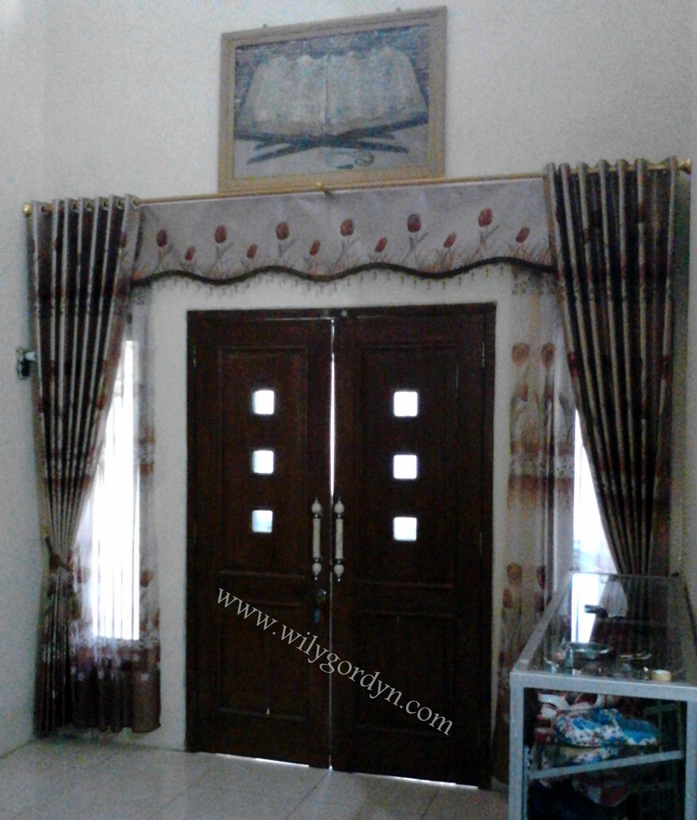 Gambar Gorden Untuk Model Pintu Ruang Tamu  Wily Gordyn