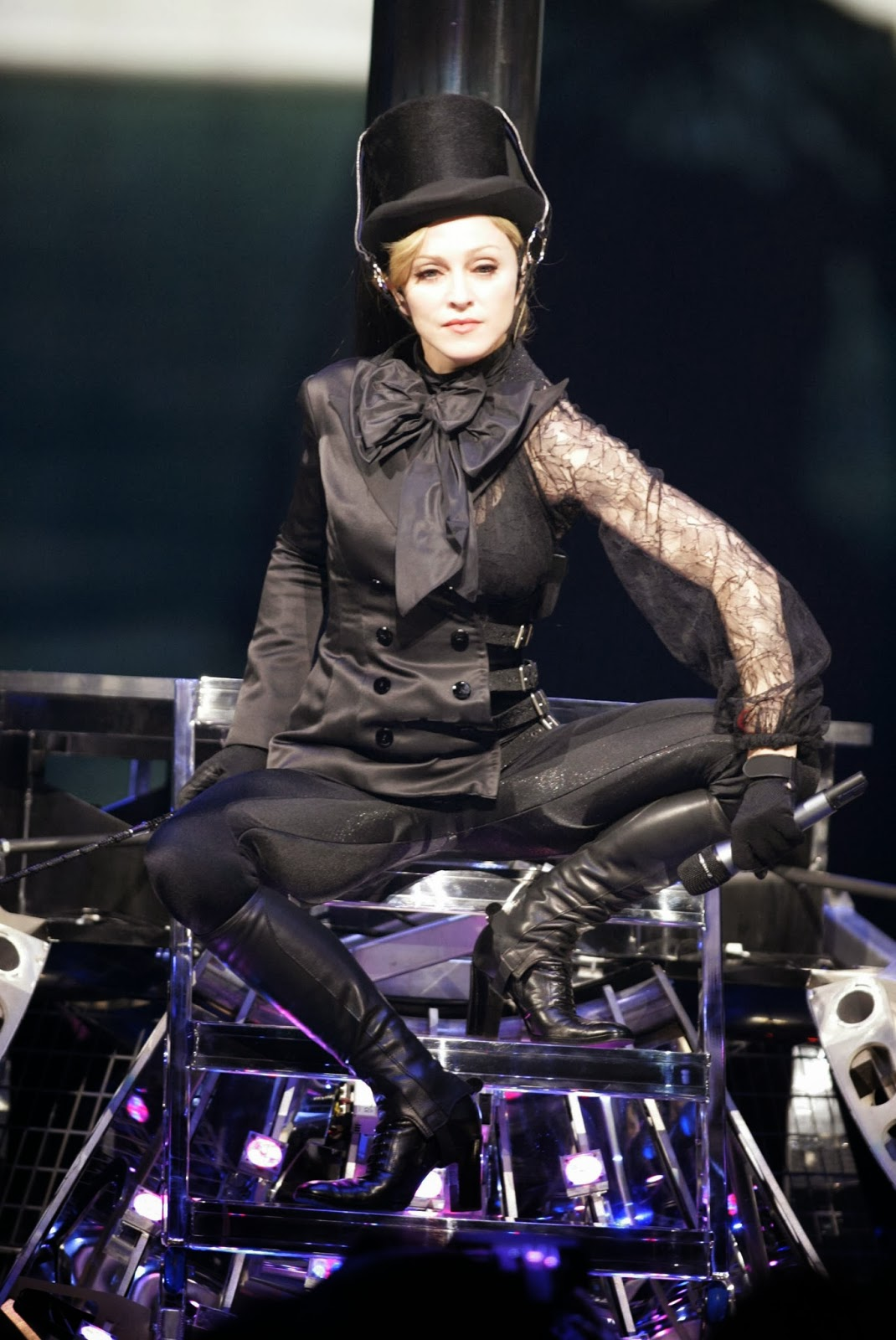 Live On Stage Madonna Confessions Tour In Montreal Ca