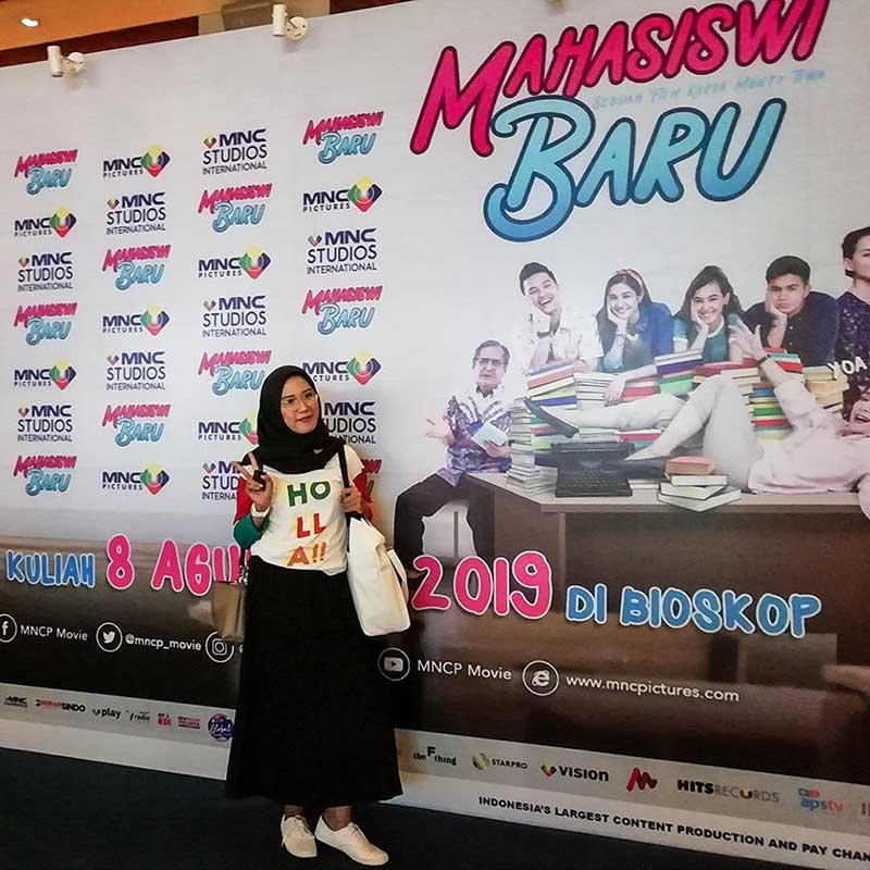 Film Mahasiswi Baru Tawarkan Kisah Komedi Unik Wajib Tonton Widyawati Gala Premiere