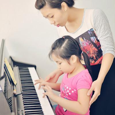 Cây đàn piano điện tử bán bao nhiêu 1 cây