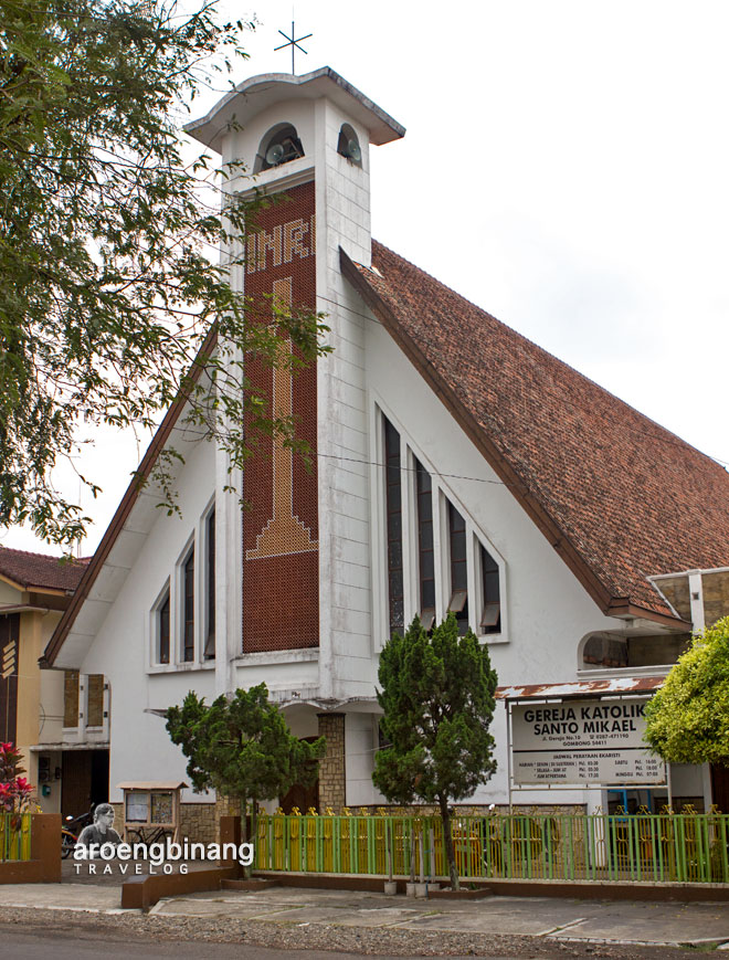 gereja st mikael gombong kebumen