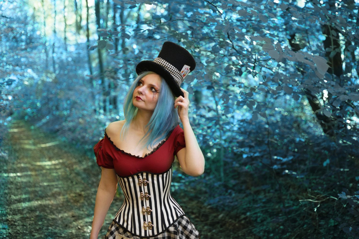 We start October with a new look. Iu0027m aware that it could almost looks like an Halloween costume but it wasnu0027t my original intention.  sc 1 st  Darkrevette & Krevette in Wonderland ~ Darkrevette - Alternative Fashion Artistic ...