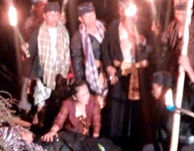 Syuting Film Saridin Diganggu Gaib, Pemeran Kesurupan Sound Terbakar