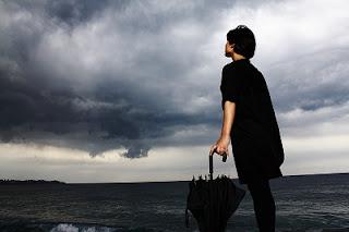 Mare nero ombrello nero
