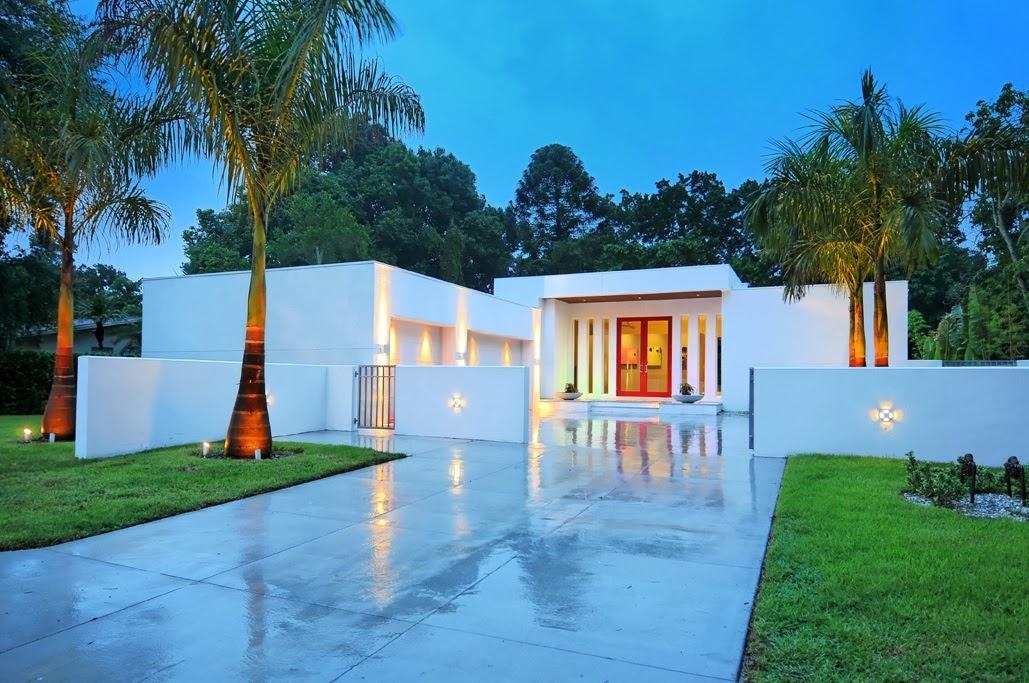 Decoracion actual de moda fachadas de casas modernas for Casa moderna 1 piso