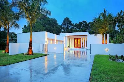 Decoracion actual de moda fachadas de casas modernas for Casa moderna l