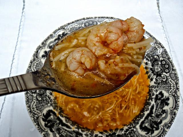 sopa-gambas-cucharada