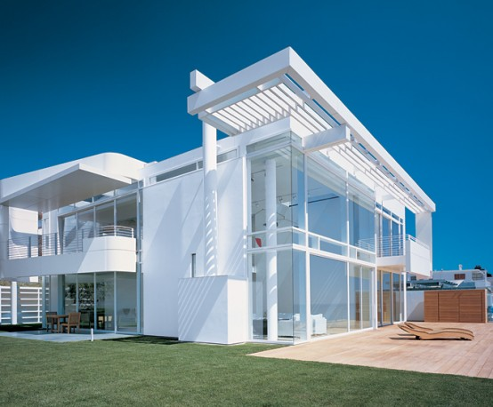 modern home furniture: Modern Beach House With White Exterior ...