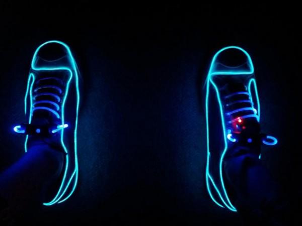 Enam Sepatu Dengan Teknologi Super Canggih di Dunia