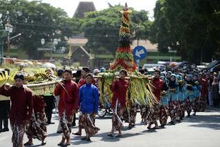 Custom ceremony indonesia