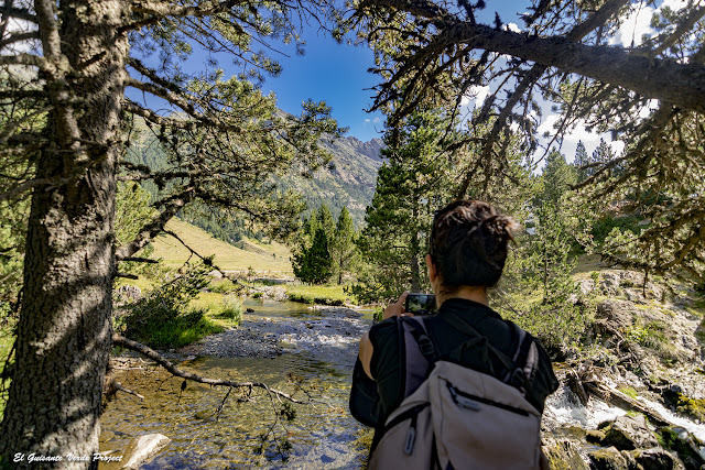 Sendero por el Valle de Benasque - Pirineos, por El Guisante Verde Project