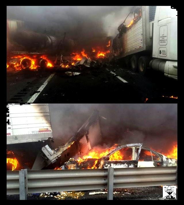 Seis calcinados en choque y explosión de vehículos