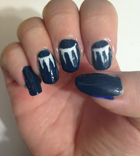 white_rays_nail_art