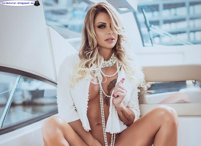 Luciane Hoepers desnuda