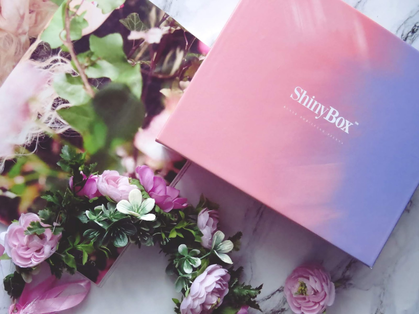 ShinyBox GET THE New LOOK – maj 2018