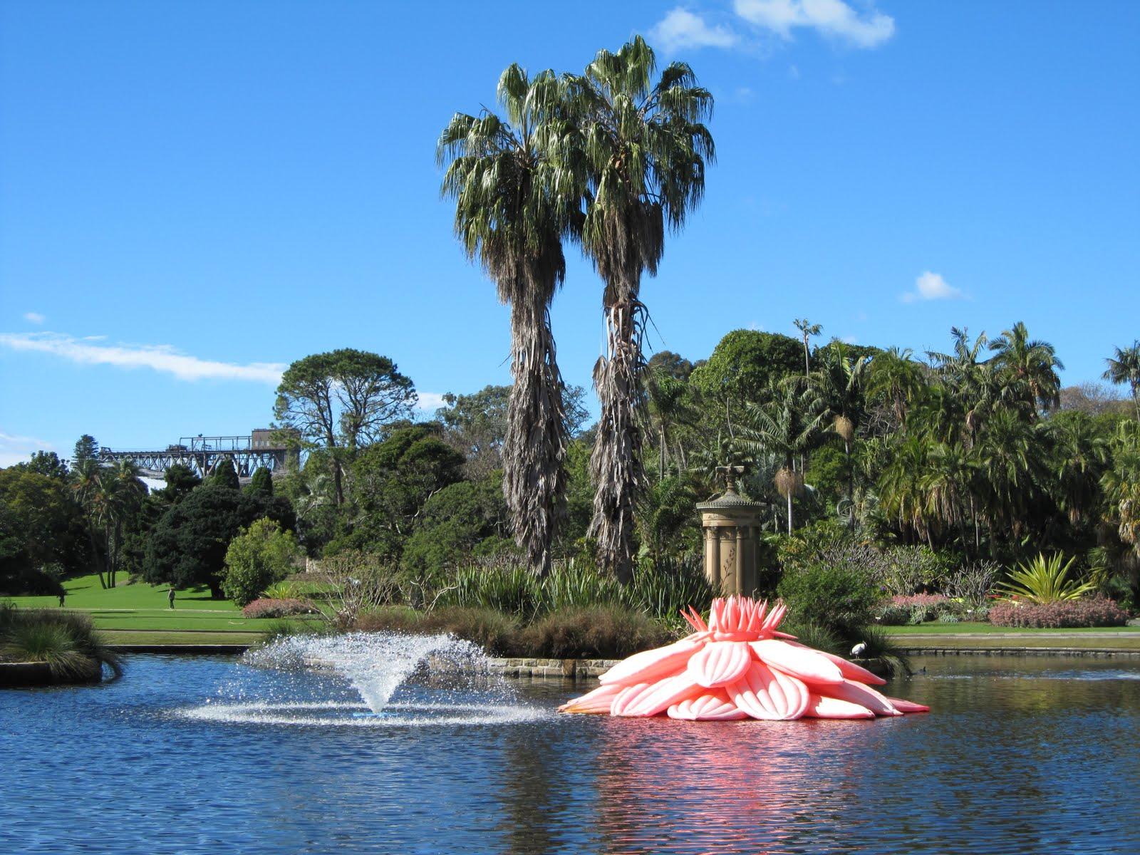 Sydney City And Suburbs Botanic Gardens Biennale The Unbearable Lightness Of Being