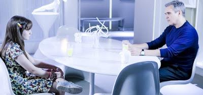 Poliana (Sophia Valverde) pedirá dinheiro a Pendleton (Dalton Vigh) em As Aventuras de Poliana
