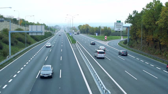 Pedágios nas estradas e rodovias de Praga