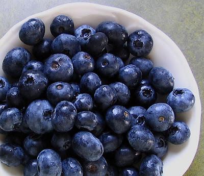 9 Makanan Berkhasiat Untuk Merangsang Dan Meningkatkan Fungsi Otak Bagi Meningkatkan Daya Tumpuan.