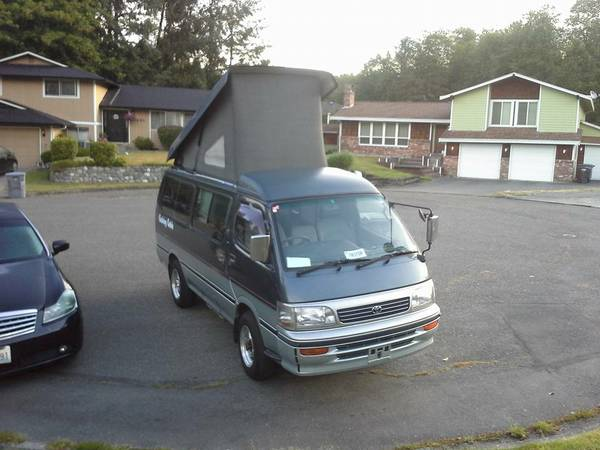 1991 Toyota Hiace 4x4 Campervan