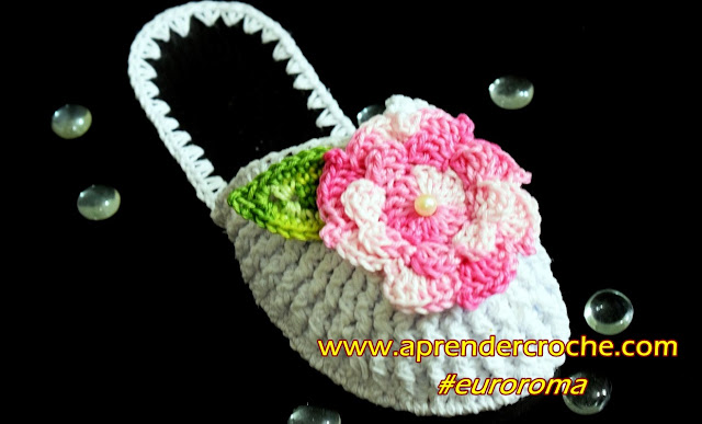 chinelo de croche fechado com flores aprender croche curso de croche edinir-croche crochetando com euroroma