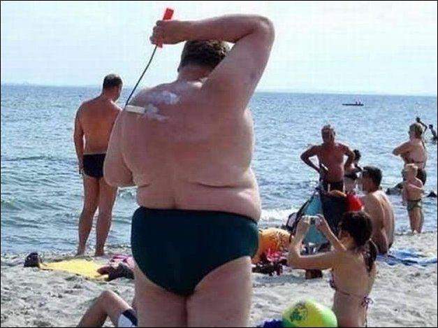 Отдых удался, трахнул сразу двух на пляже