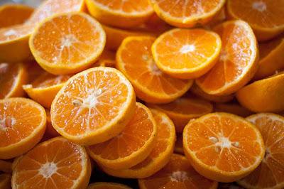 البرتقال ملين