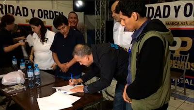 urresti antitaurino firma propuesta inconstitucional contra la plaza de Acho