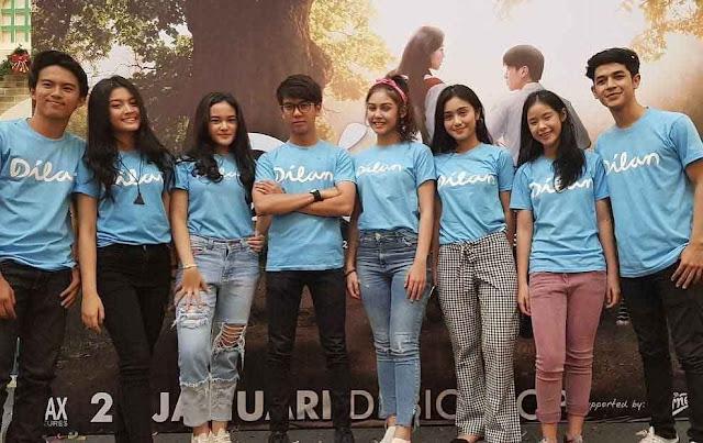 Film Dilan 1990 (2018)